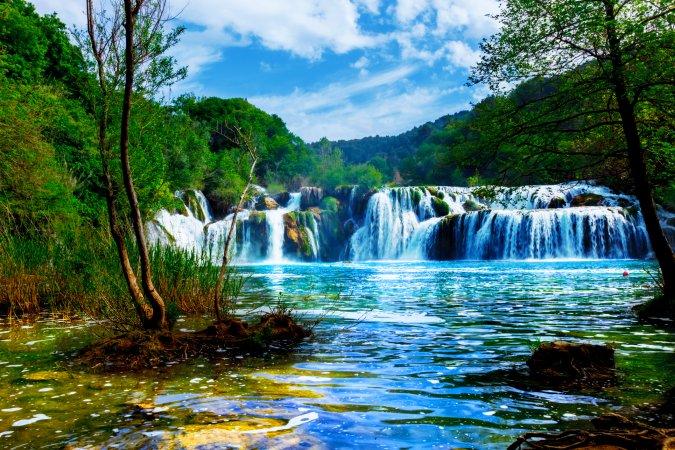 Cascadas en el Parque Nacional Kraka, Croacia